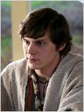 Evan Peters